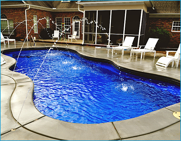 Fiberglass Inground Swimming Pool with Water Features